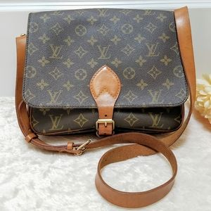 😍 Louis Vuitton Crossbody Bag Cartouchiere GM